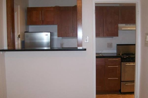 Studio, Midwood Park Rental in NYC for $1,750 - Photo 1