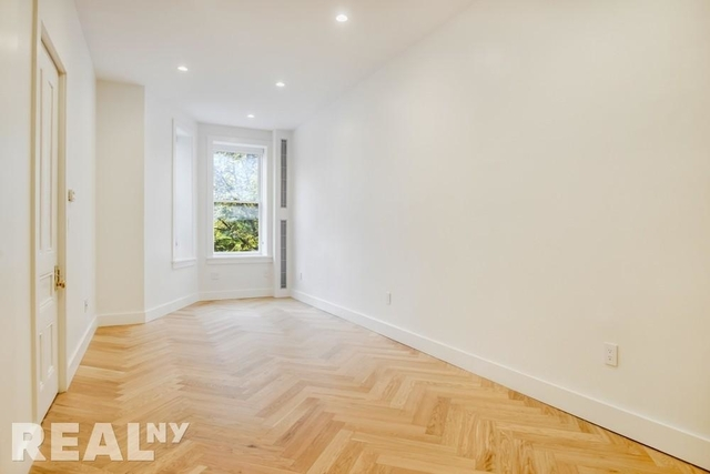 2 Bedrooms, South Slope Rental in NYC for $4,650 - Photo 2