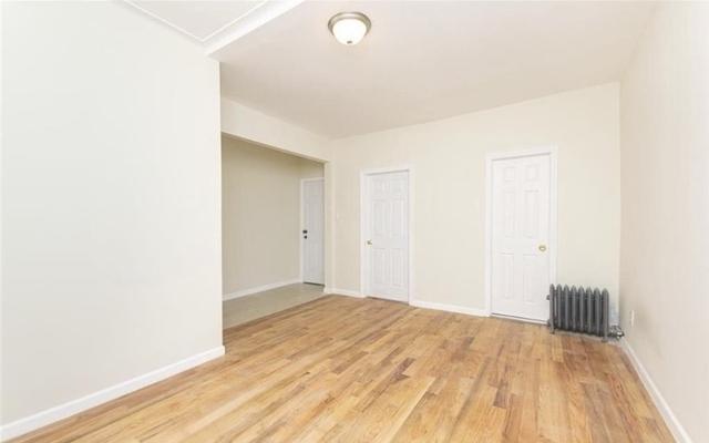 3 Bedrooms, Williamsbridge Rental in NYC for $2,350 - Photo 1