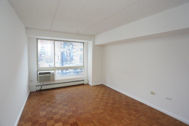 2 Bedrooms, Chelsea Rental in NYC for $4,194 - Photo 2