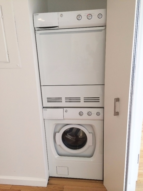 2 Bedrooms, Garment District Rental in NYC for $4,555 - Photo 1