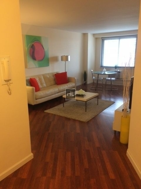 2 Bedrooms, Rego Park Rental in NYC for $3,165 - Photo 1