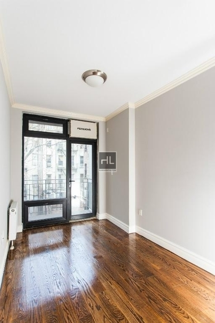 3 Bedrooms, Lower East Side Rental in NYC for $5,587 - Photo 2