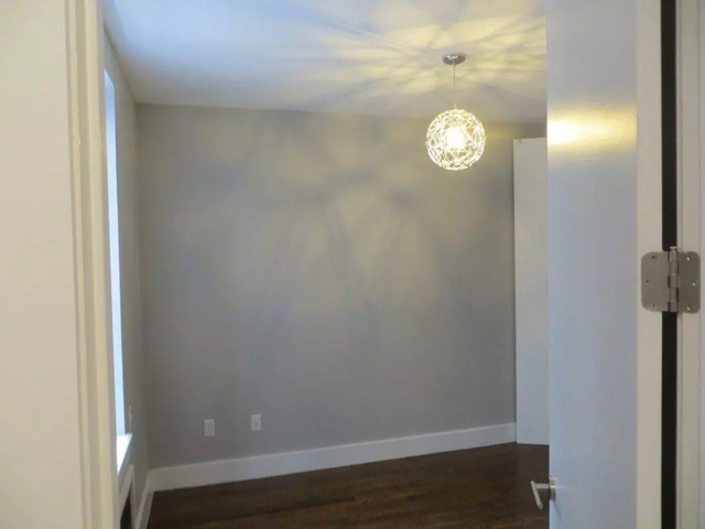 2 Bedrooms, Wingate Rental in NYC for $2,175 - Photo 2