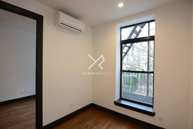 3 Bedrooms, Crown Heights Rental in NYC for $3,157 - Photo 1