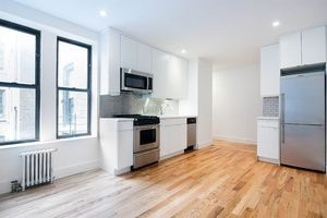 3 Bedrooms, South Slope Rental in NYC for $3,230 - Photo 1
