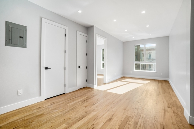 3 Bedrooms, Prospect Lefferts Gardens Rental in NYC for $3,320 - Photo 2