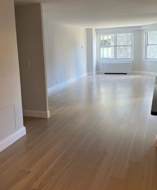 1 Bedroom, Lincoln Square Rental in NYC for $5,190 - Photo 2