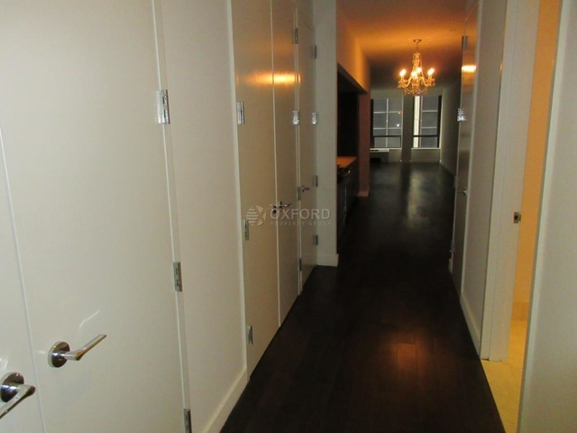 Room, Financial District Rental in NYC for $1,425 - Photo 1