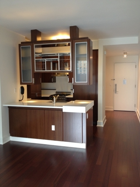 1 Bedroom, Lincoln Square Rental in NYC for $4,327 - Photo 2