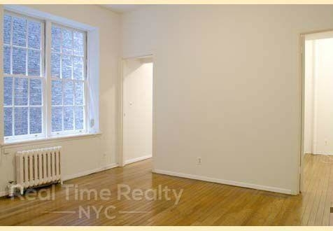 2 Bedrooms, Gramercy Park Rental in NYC for $3,575 - Photo 2