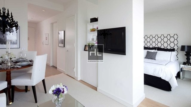2 Bedrooms, Chelsea Rental in NYC for $7,495 - Photo 1