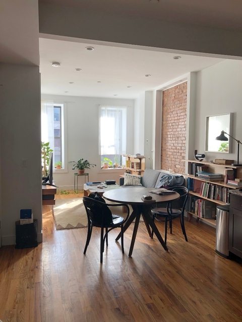 3 Bedrooms, Bedford-Stuyvesant Rental in NYC for $1,050 - Photo 1