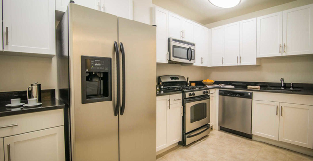 1 Bedroom, Yorkville Rental in NYC for $3,476 - Photo 1