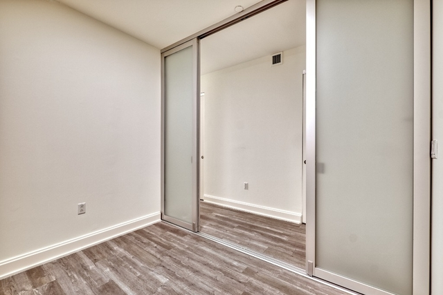 Studio, Financial District Rental in NYC for $2,265 - Photo 2