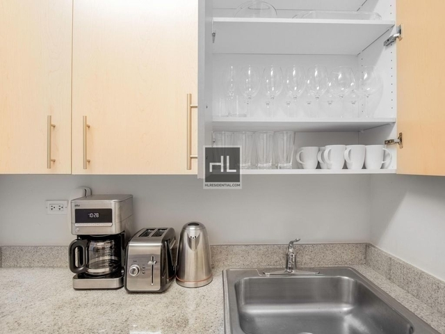 1 Bedroom, Financial District Rental in NYC for $4,925 - Photo 1