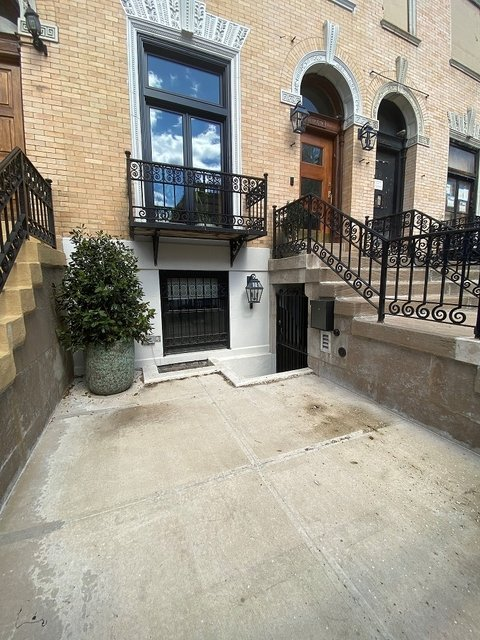 3 Bedrooms, Central Harlem Rental in NYC for $5,800 - Photo 2