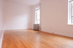 Studio, Upper West Side Rental in NYC for $1,925 - Photo 2