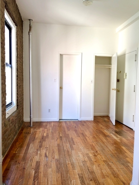 1 Bedroom, Lower East Side Rental in NYC for $2,560 - Photo 2