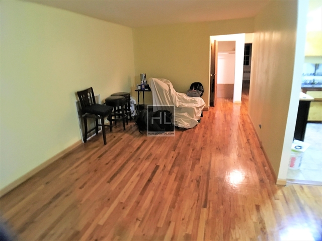 2 Bedrooms, Canarsie Rental in NYC for $1,900 - Photo 2