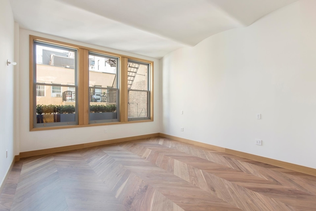 2 Bedrooms, Greenwich Village Rental in NYC for $25,000 - Photo 2