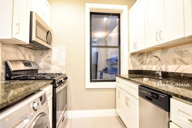 3 Bedrooms, Olathe Rental in Kansas City, MO-KS for $2,500 - Photo 1