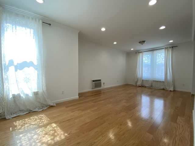 2 Bedrooms, Glendale Rental in NYC for $2,000 - Photo 1
