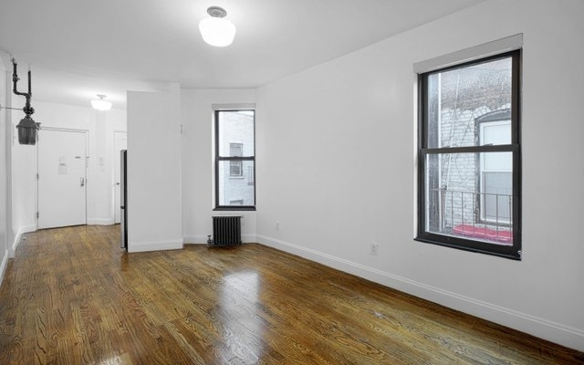 2 Bedrooms, Upper East Side Rental in NYC for $2,950 - Photo 2