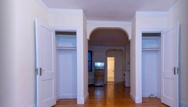 1 Bedroom, Sutton Place Rental in NYC for $2,539 - Photo 2