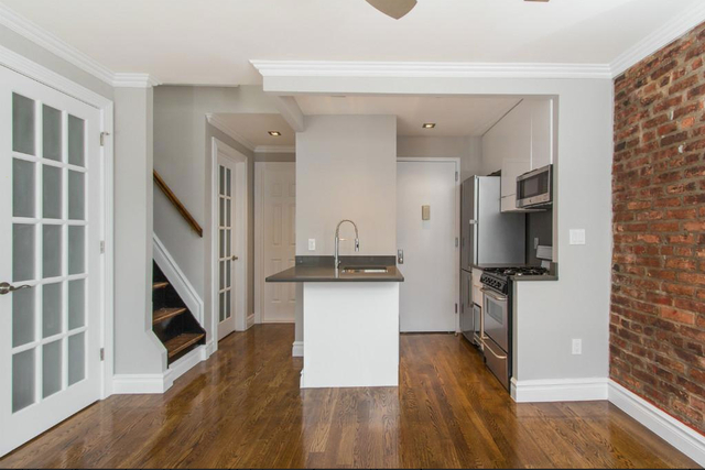2 Bedrooms, Lower East Side Rental in NYC for $5,465 - Photo 2
