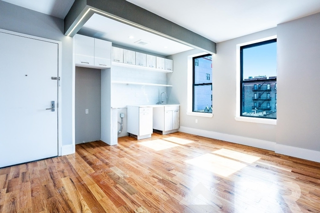 2 Bedrooms, Crown Heights Rental in NYC for $2,450 - Photo 1