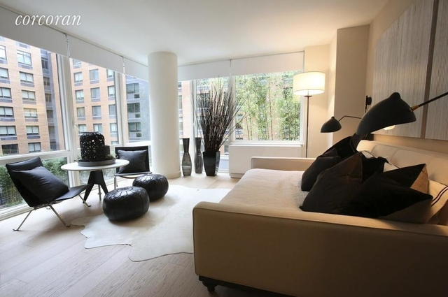 Studio, Hell's Kitchen Rental in NYC for $3,015 - Photo 1