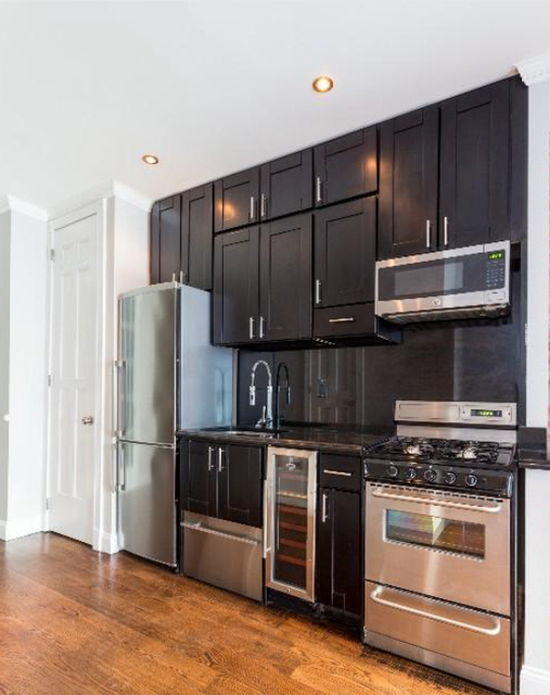 3 Bedrooms, East Village Rental in NYC for $4,575 - Photo 1