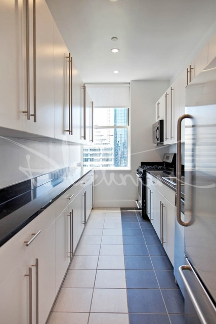 2 Bedrooms, Tribeca Rental in NYC for $6,320 - Photo 2