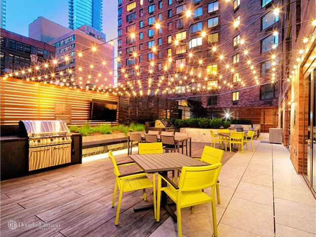 2 Bedrooms, Theater District Rental in NYC for $6,139 - Photo 1