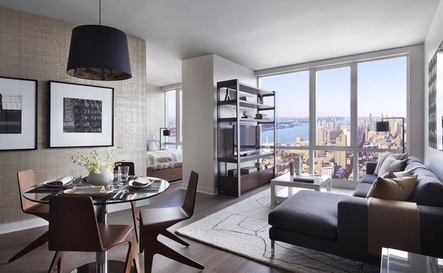 Studio, Hell's Kitchen Rental in NYC for $3,895 - Photo 1