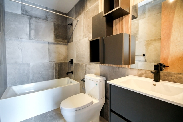 2 Bedrooms, Bushwick Rental in NYC for $2,475 - Photo 2