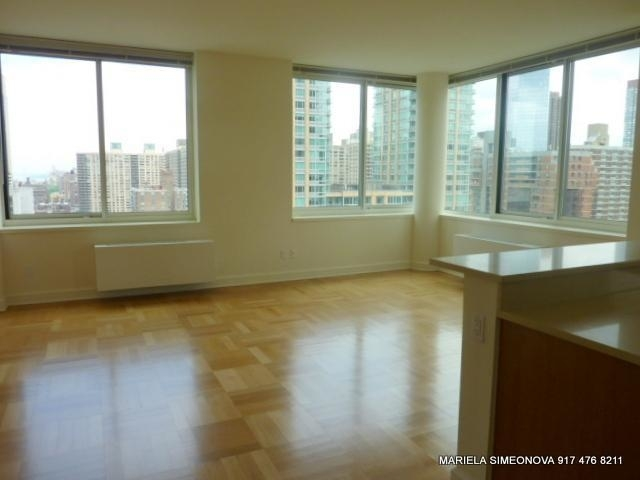 3 Bedrooms, Lincoln Square Rental in NYC for $5,900 - Photo 1