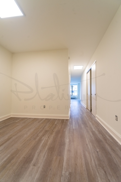 Studio, Financial District Rental in NYC for $2,059 - Photo 2