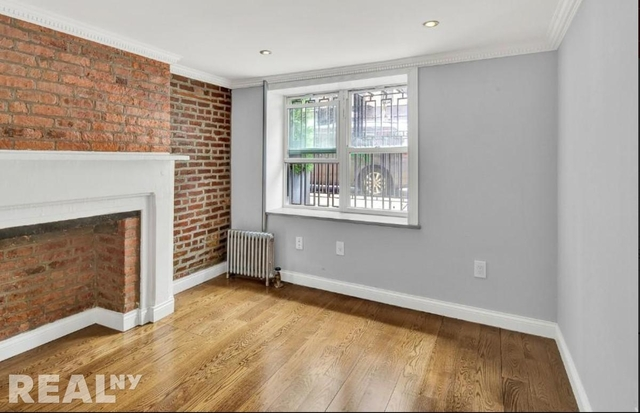 4 Bedrooms, East Village Rental in NYC for $6,457 - Photo 2