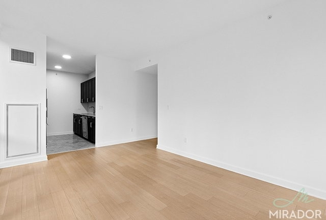 2 Bedrooms, Lincoln Square Rental in NYC for $5,563 - Photo 2