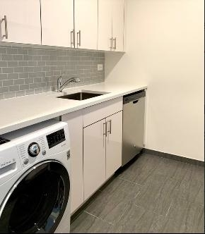 Studio, Hell's Kitchen Rental in NYC for $2,920 - Photo 2