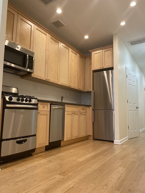 2 Bedrooms, Manhattan Valley Rental in NYC for $2,825 - Photo 1