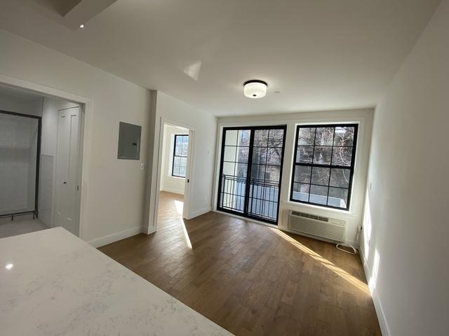 1 Bedroom, Bushwick Rental in NYC for $2,495 - Photo 2