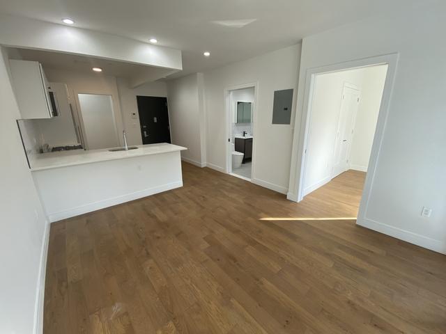 1 Bedroom, Bushwick Rental in NYC for $2,495 - Photo 1