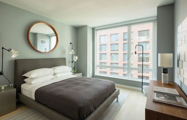 Studio, Hell's Kitchen Rental in NYC for $2,730 - Photo 1
