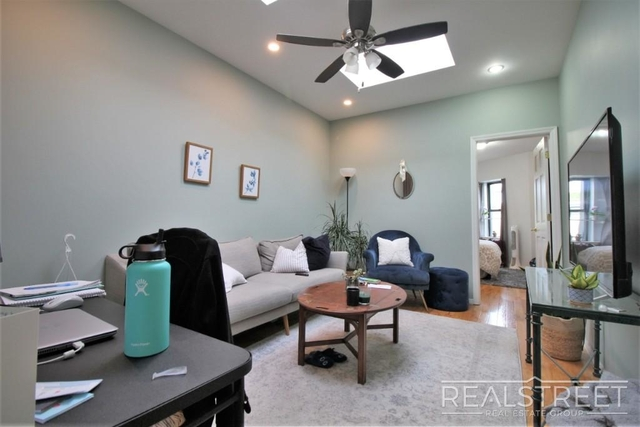 2 Bedrooms, Central Slope Rental in NYC for $3,399 - Photo 2