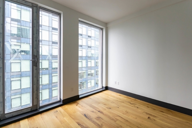 Studio, Long Island City Rental in NYC for $2,590 - Photo 2