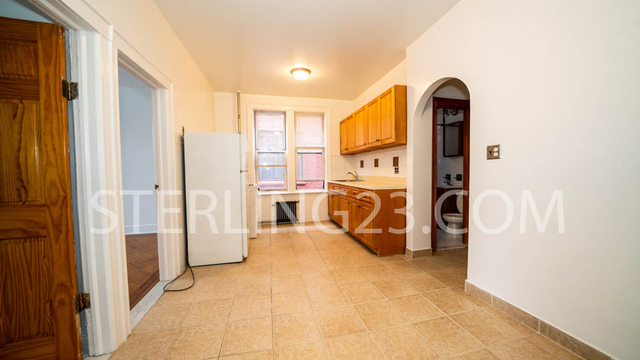 2 Bedrooms, Ditmars Rental in NYC for $1,900 - Photo 1