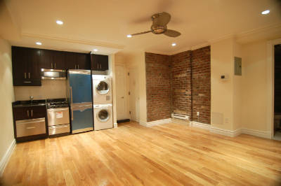 3 Bedrooms, West Village Rental in NYC for $5,770 - Photo 2